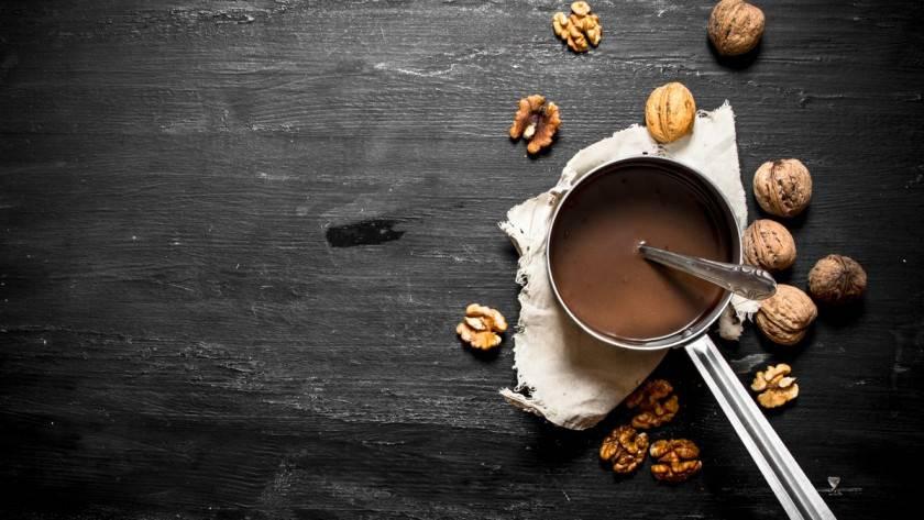 Pâte à tartinée aux noix et chocolat au lait